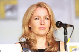 Studio Tried To Pay Gillian Anderson Half Of What It Paid David Duchovny For X-Files Reboot. She Wouldn't Let Them.