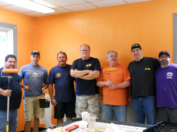 "USW Members from Local 2285 Participate in ""Day of Caring"""