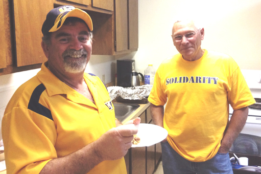 USW Members Cook Up Solidarity on Sherwin Picket Line
