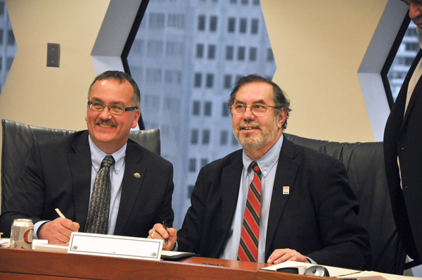 USW and TWU Sign a Historic Merger Agreement